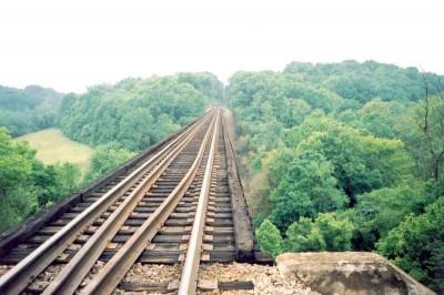 train-bridge-400x266